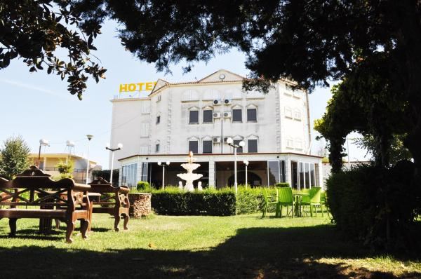 Zdjęcia hotelu: Guesthouse Familja, Berat