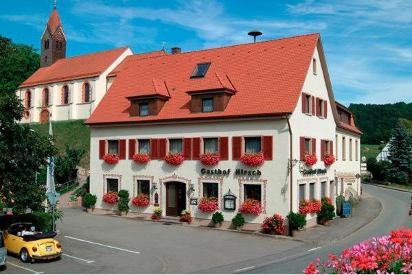 Hotel Pictures: Flair Hotel Gasthof zum Hirsch, Hayingen