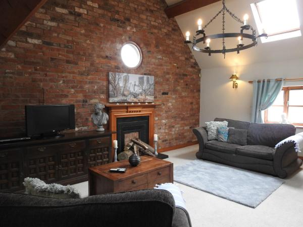 Hotel Pictures: Pillory House Loft Apartment, Nantwich