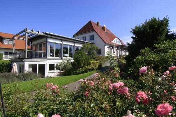 Hotel Pictures: H.W.S. Hotel Der Wilde Schwan, Sagard