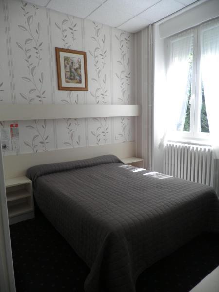 Hotel Pictures: Hôtel Saint Jean, Vals-les-Bains