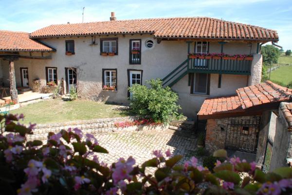 Hotel Pictures: Chez Jacotte et Elia, Saint-Galmier