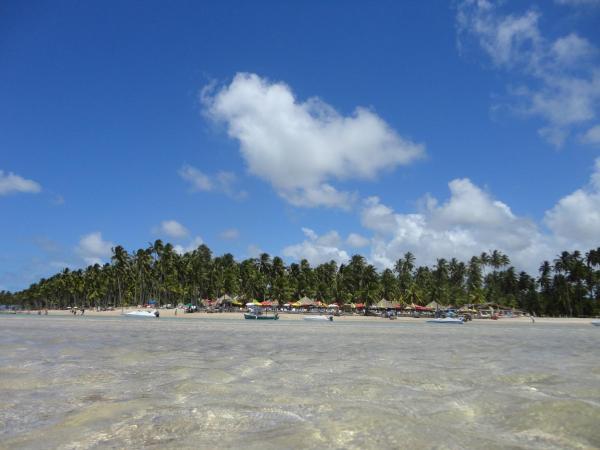 Hotel Pictures: Flat do Golfinho, Tamandaré