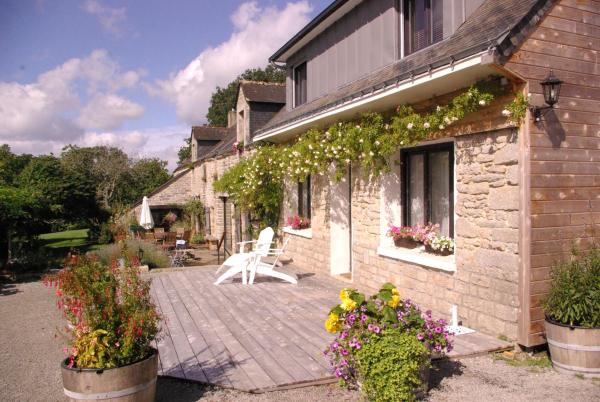 Hotel Pictures: Maison d'hôtes du Domaine de Coët Bihan, Monterblanc