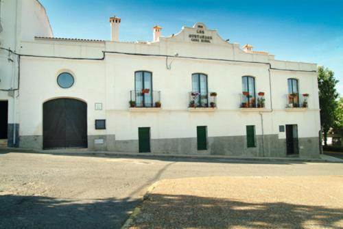 Hotel Pictures: Casa Rural Las Avutardas, Sierra de Fuentes