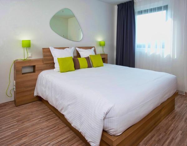 Hotel Pictures: Ténéo Apparthotel Bordeaux Mérignac Aéroport, Mérignac