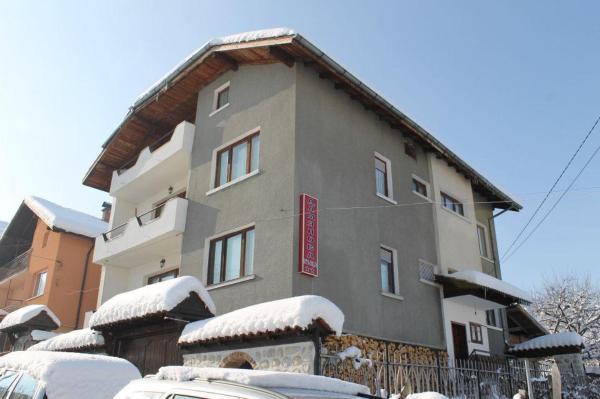 Hotellikuvia: Guesthouse Damyanova Kushta, Dobrinishte