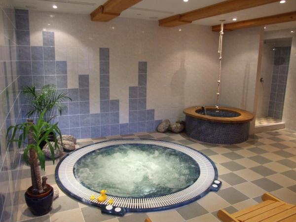 Hotel Pictures: Hotel v Nebi, Josefuv dul
