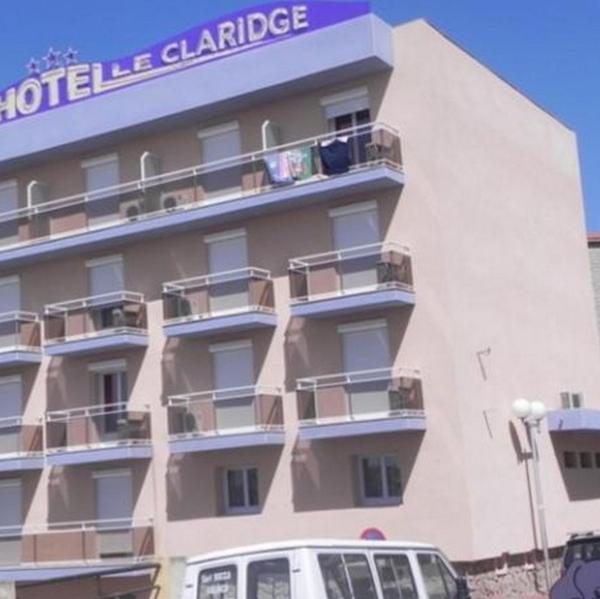 Hotel Pictures: Hôtel Le Claridge, Propriano