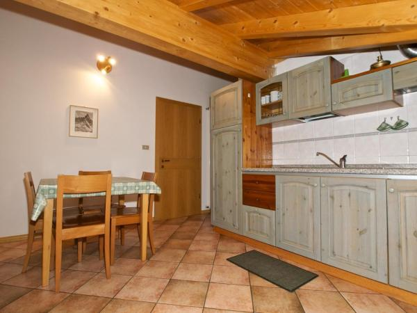 Two-Bedroom Apartment (4 Adults) - Attic