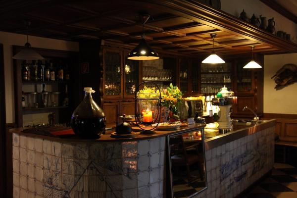 Hotel Pictures: Landhotel Zur Gronenburg, Greven