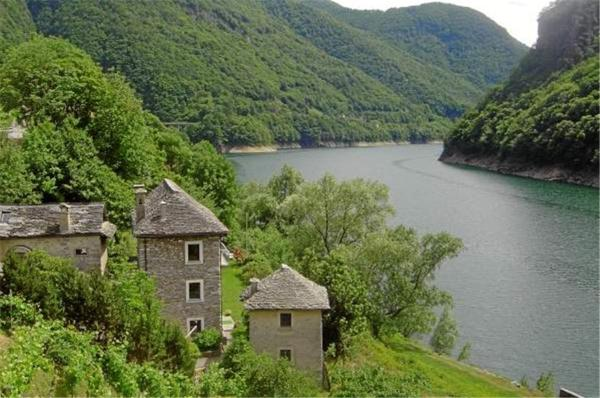 Hotel Pictures: , Vogorno