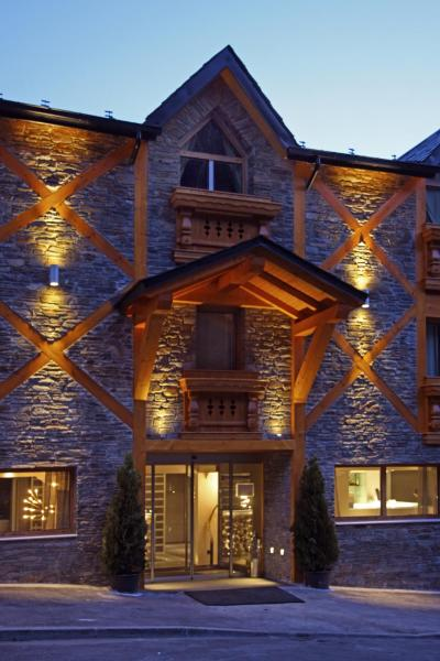Фотографии отеля: Hotel & Spa Xalet Bringue, Эл Серрат
