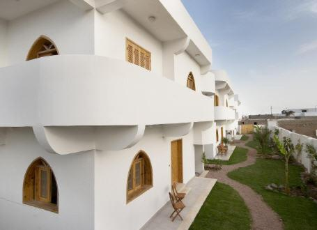 Hotel Pictures: Sea Stars Apartments, Dahab