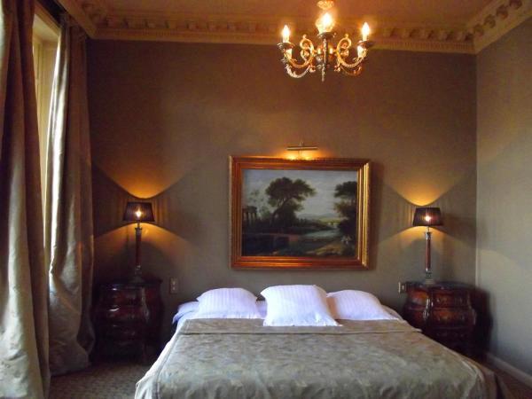 Hotel Pictures: , Épinal