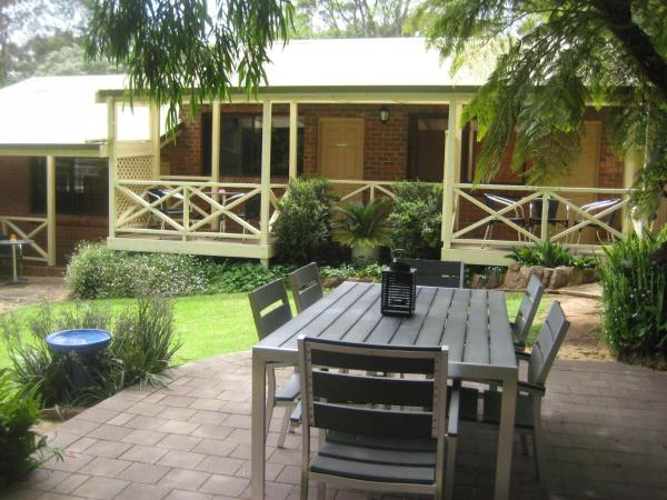 Hotelbilder: Edge Of The Forest Motel and Cottage, Margaret River