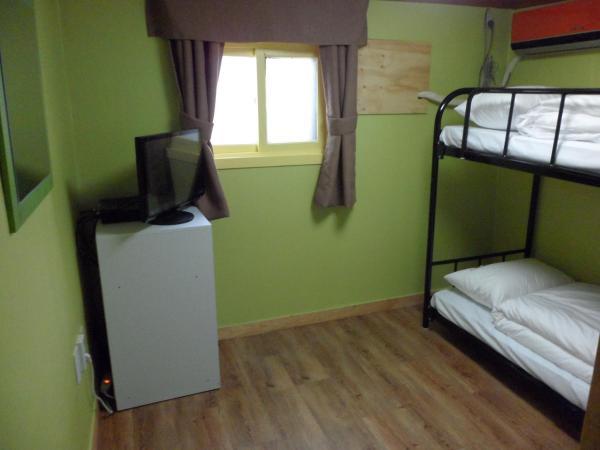 Bunk Twin Private Room
