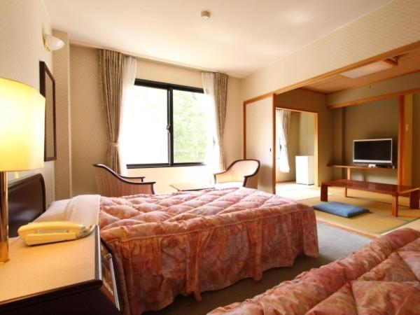 Room with Tatami Area