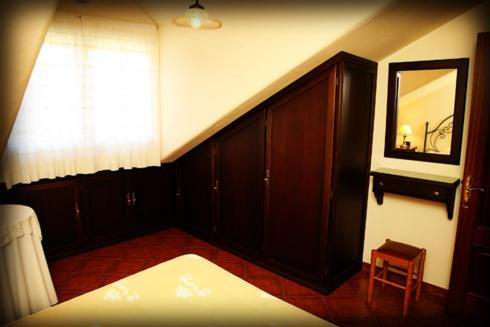 Attic Apartment (4 Adults)