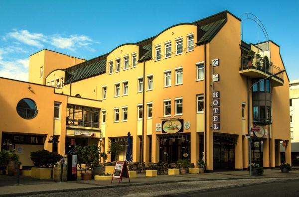 Hotel Pictures: Stadt Hotel, Lörrach