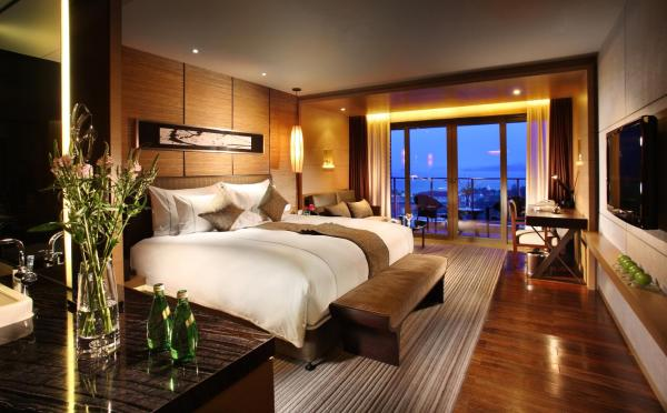 Luxury King Room with Sea View