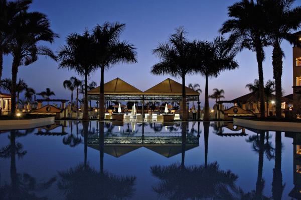 Hotel Pictures: Costa Adeje Gran Hotel, Adeje