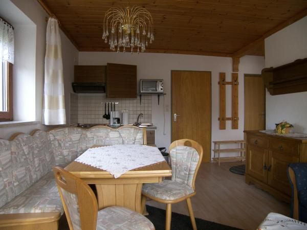Standard Two-Bedroom Apartment (2-4 adults)