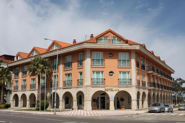 Hotel Pictures: Hotel Bahía Bayona, Baiona