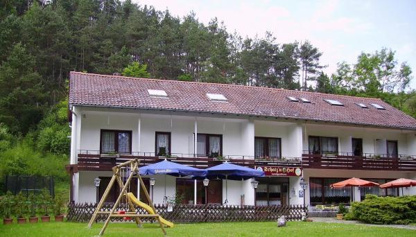 Hotelbilleder: Schatz'n Hof, Pottenstein