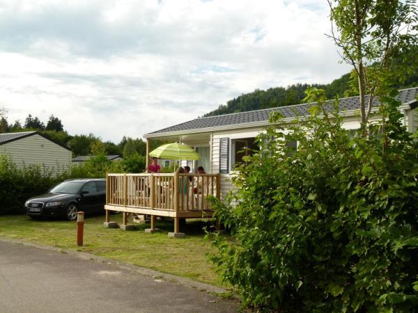 Hotel Pictures: Camping Base de Loisirs du Lac de la Moselotte, Saulxures-sur-Moselotte