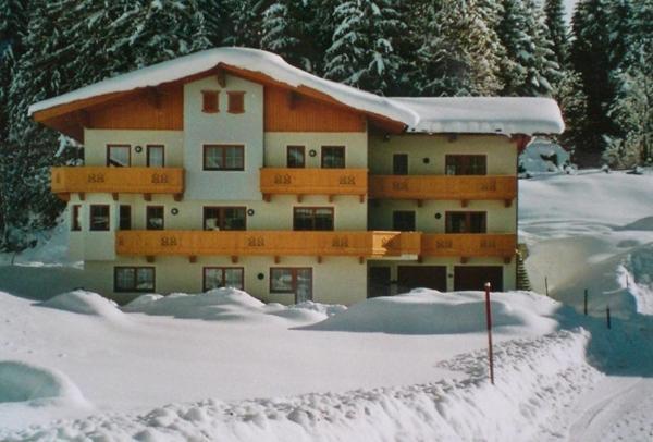 Fotografie hotelů: Ferienwohnung Eberharter, Finkenberg