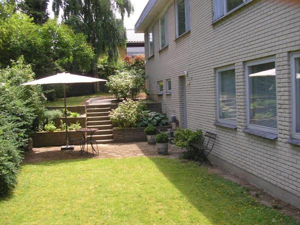 Hotel Pictures: Bed & Kitchen Rugbjergvej, Stavtrup