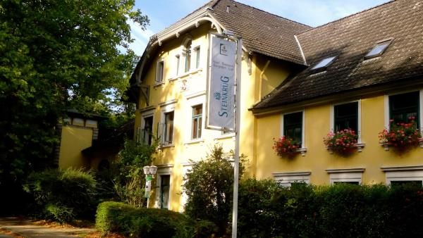 Hotel Pictures: Hotel Steinkrug, Wennigsen