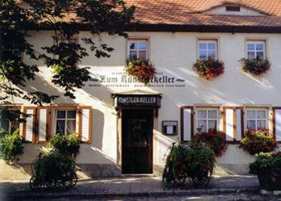 Hotelbilleder: Hotel Altdeutsche Weinstuben, Freyburg