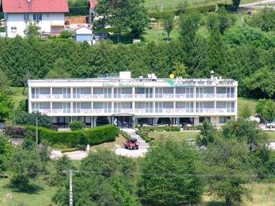 Hotel Pictures: Logis Le Relais De La Vallee, Hyèvre-Paroisse