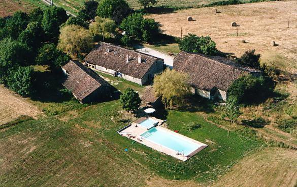 Hotel Pictures: Chambres d'Hôtes Le Chintre, Lalandusse