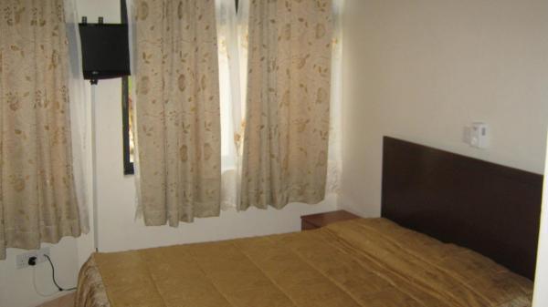 Apartment (1 Adult)