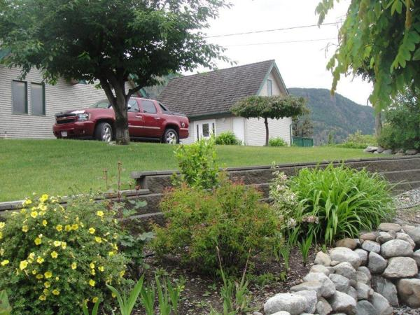 Hotel Pictures: The Chauffeur's Quarters, Okanagan Falls