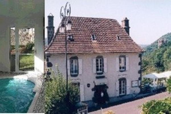 Hotel Pictures: Auberge de Tournemire - Cantal, Tournemire