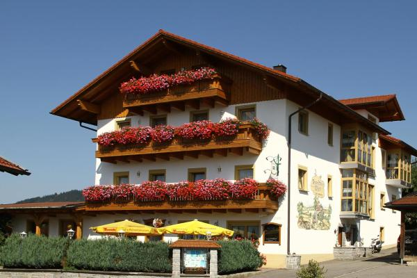 Hotel Pictures: Zum Brandtner Wirt, Langdorf