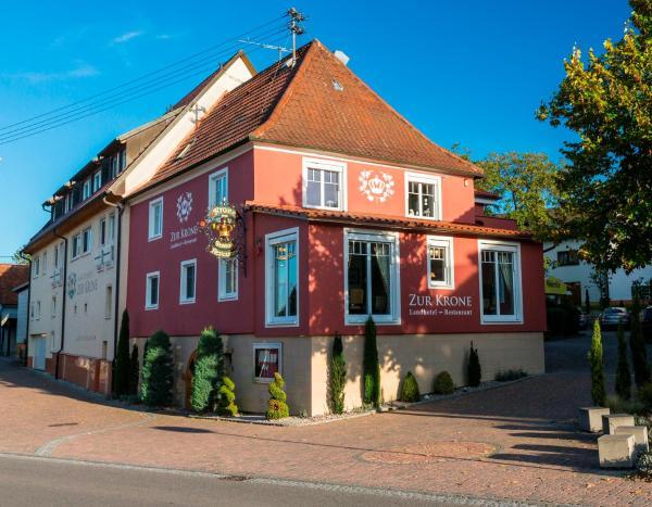 Hotel Pictures: Landhotel Restaurant zur Krone, Gottenheim