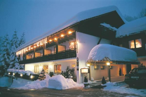 Hotel Pictures: Ferienhotel Fuchs, Oberreute