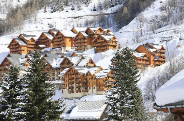 Hotel Pictures: Odalys Hameau et Chalets de La Vallee D'Or, Valloire