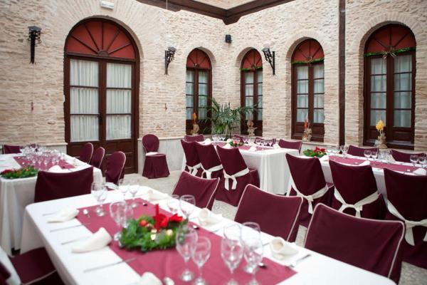 Hotel Pictures: Hotel Rural Palacio del Gobernador, Moral de Calatrava