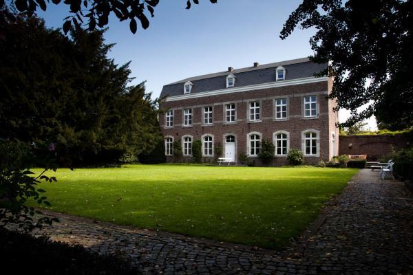 Foto Hotel: B&B Het Agnetenklooster, Maaseik