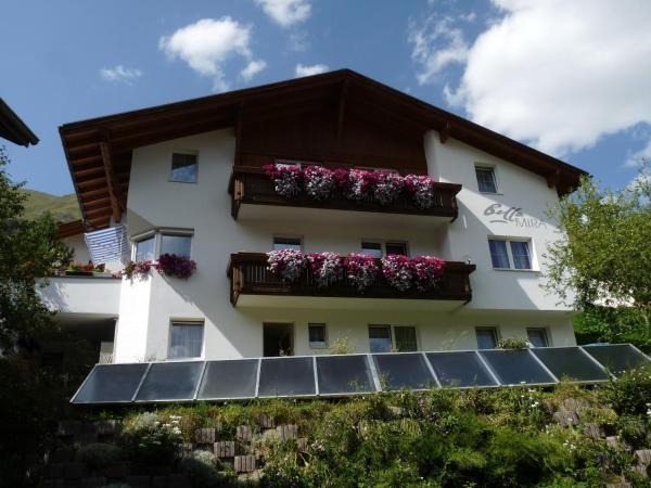 Hotel Pictures: Apart Bella Mira, Samnaun
