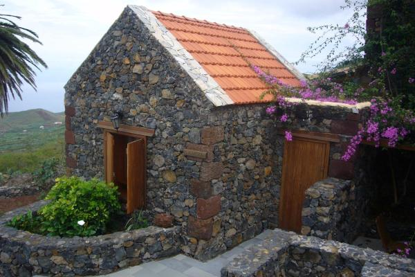 Hotel Pictures: Casas Rurales Los Almendreros, Valverde