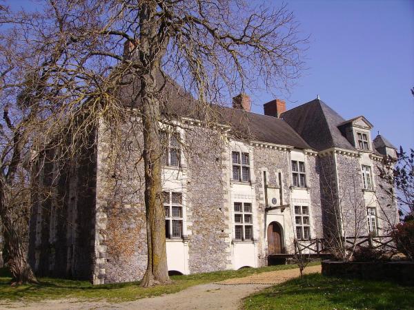 Hotel Pictures: Château de la Fresnaye, Saint-Aubin-de-Luigné