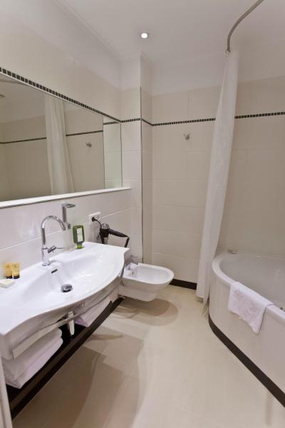 Superior Double Room with Balcony or Terrace and Garden View