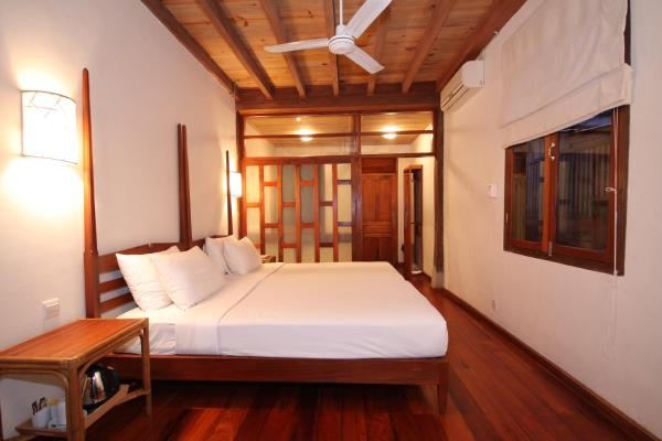 Riverside Double or Twin Room - Chalinee Residence